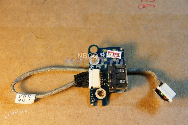Панель (верхняя правая) с USB-разъемом со шлейфом от Acer Aspire 5530